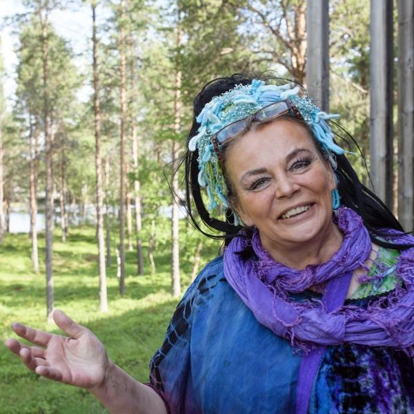 Merja-Aletta Rantula, artiste peintre. Parlement Sami. Inari. Laponie. Finlande. 27 juillet 2017